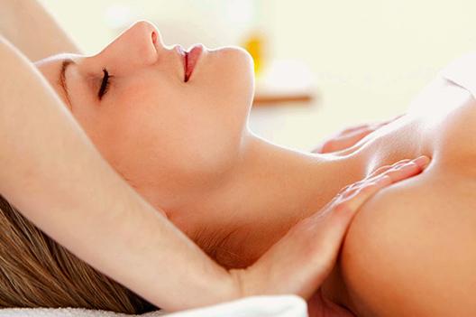 relaxační masáž podání